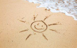 foto-tekening-in-het-zand-van-de-zon-hd-zomer-wallpaper